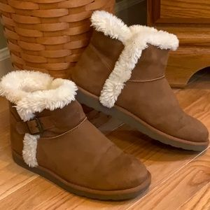 Brown Ankle Boots By SO